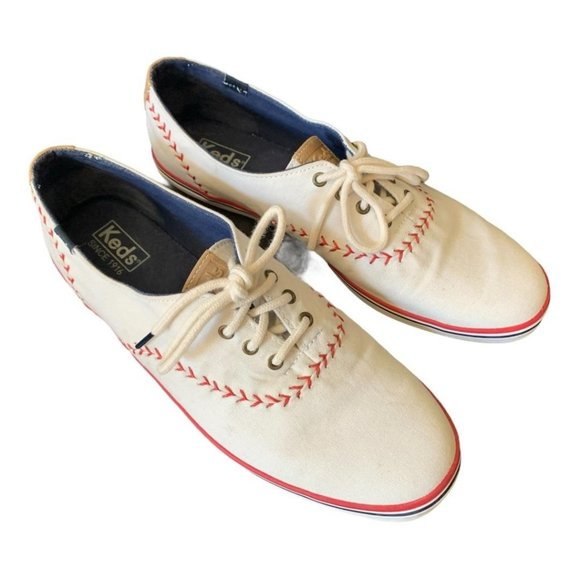 Keds Sz 10 Champion White Canvas Pennant Sneakers